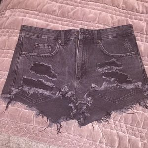 gray distressed denim shorts